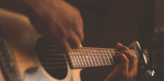 white-acoustic-guitar